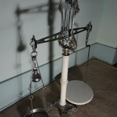 British Wrought Iron & Porcelain Scale/Balance